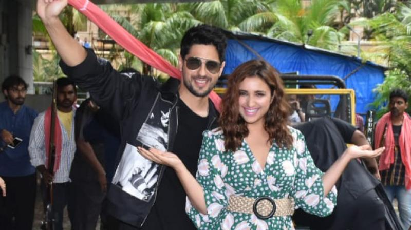 Parineeti Chopra and Sidharth Malhotra at the trailer launch of their film. (Picture: Viral Bhayani)