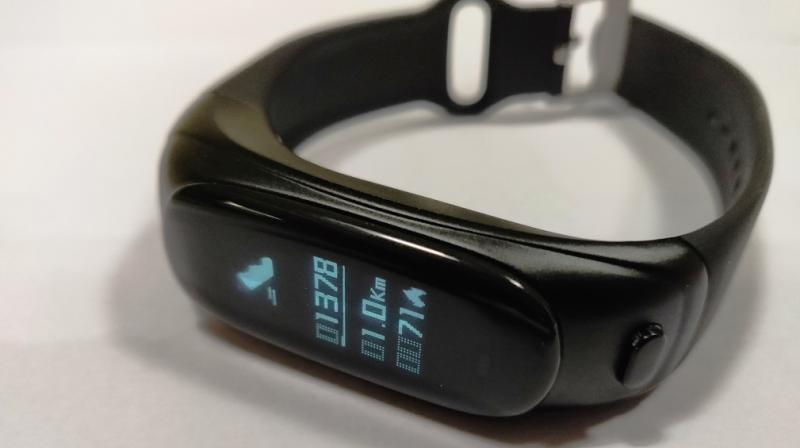 Soulfit Sonic V08 review: Fitness trackers begin to evolve
