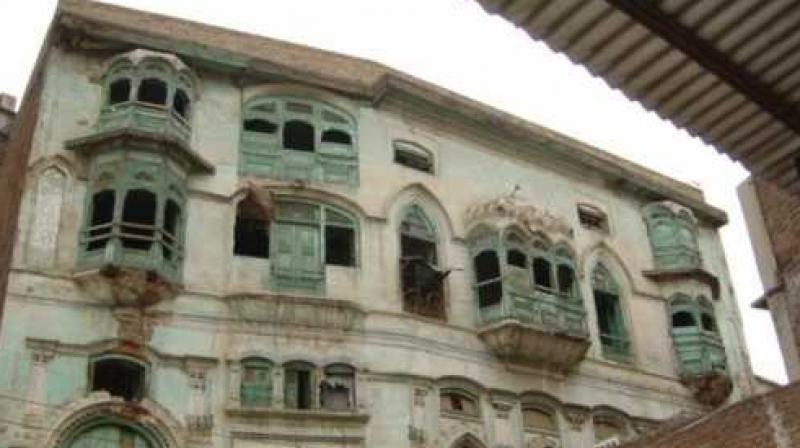 The Kapoor Haveli in Qissa Khwani Bazar was built by Basheswarnath Kapoor, the father of Bollywood icon Prithviraj Kapoor. (Photo: Facebook Screengrab/ @Kapoor-Haveli-Peshawar)