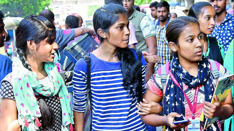 Concerned students queue up in front of the Vidhya Bhavan in Hyderabad on Tuesday. 	(Photo:  DC)