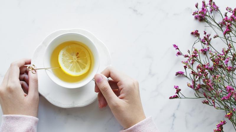 Fruit teas can ruin your teeth, dentists warn