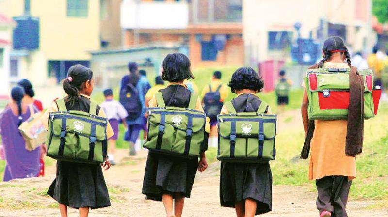 In a disturbing trend, children are continuing to drop out of school in Karnataka (Photo: DC).