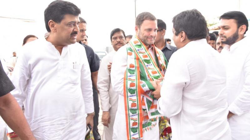 Rahul Gandhi was accorded a warm welcome by Maharashtra Congress president Ashok Chavan, Mumbai city chief Sanjay Nirupam, Janardhan Chandurkar, Bhai Jagtap, Raju Waghmare and other senior leaders. (Photo: Twitter | @INCMaharashtra)