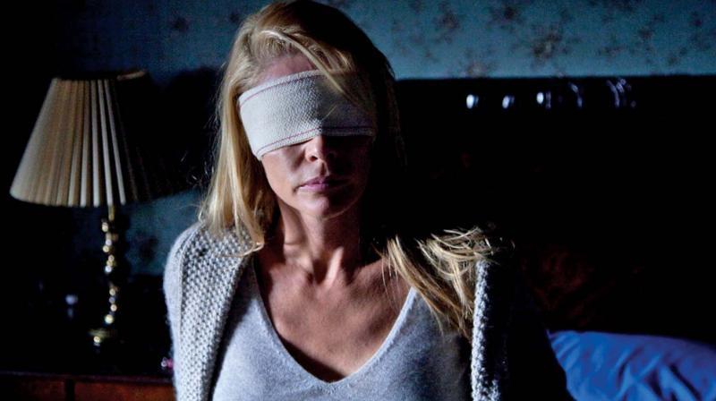 Still from the movie Julia's Eyes.