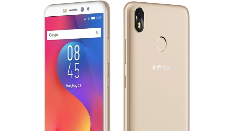 The newly launched Infinix Hot S3 is probably the coolest phone for those of us who spend a lot of our productive time clicking selfies and contributing to Google's statistics of 34 billion selfies that were uploaded on its sites last year.