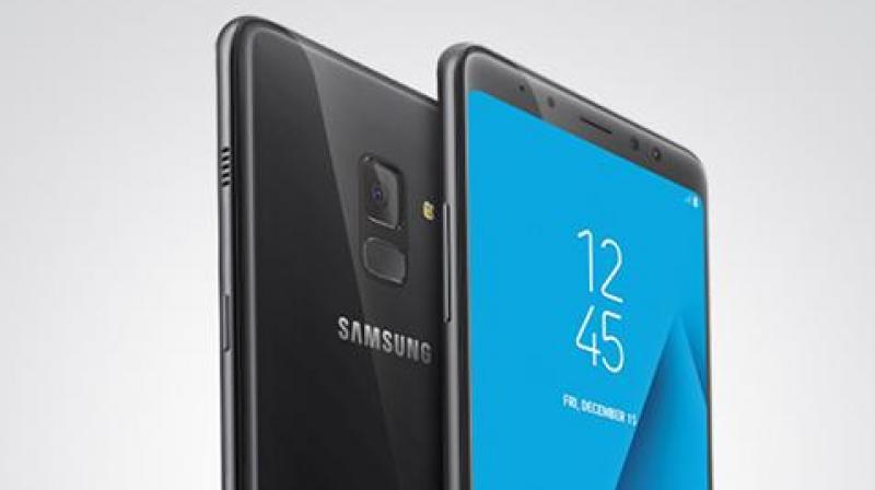 Samsung Galaxy X Might Be First Foldable Smartphone Screen on Market