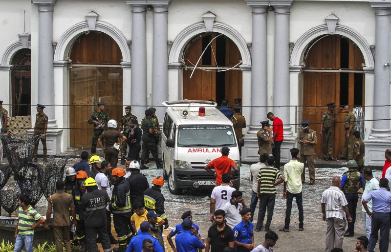 Sri Lankan Army soldiers secure the area around St. Anthony Shrine after a blast in Colombo, Sri Lanka. (Photo:AP)