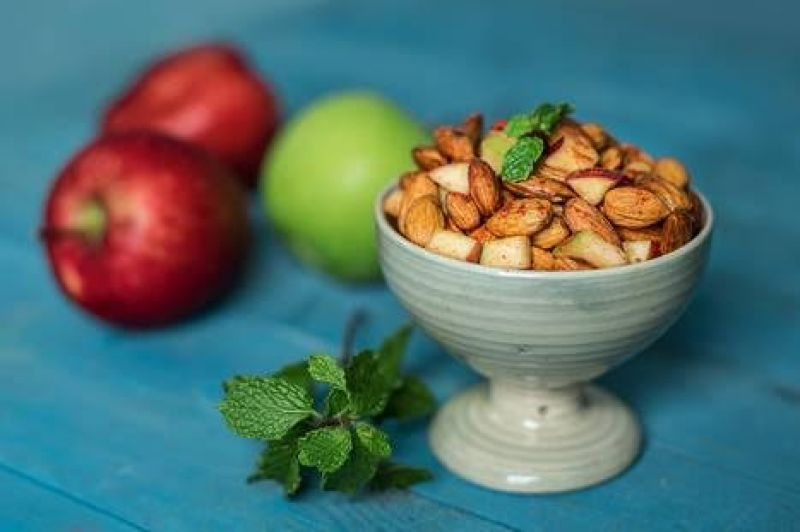 Almond- Apples Chaat