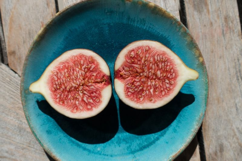 Figs are natural sweetners which can be used as an alternate to sugar in sweets. (Photo: Pixabay)