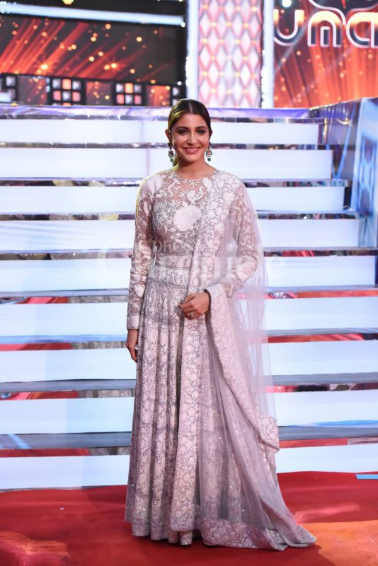 Anushka Sharma Kohli made her first public appearance in Bollywood post marriage to Virat Kohli on the show. She looked pretty in an Indian attire. The actress will soon be seen in 'Zero' and has a small role in Dutt biopic with Ranbir Kapoor.