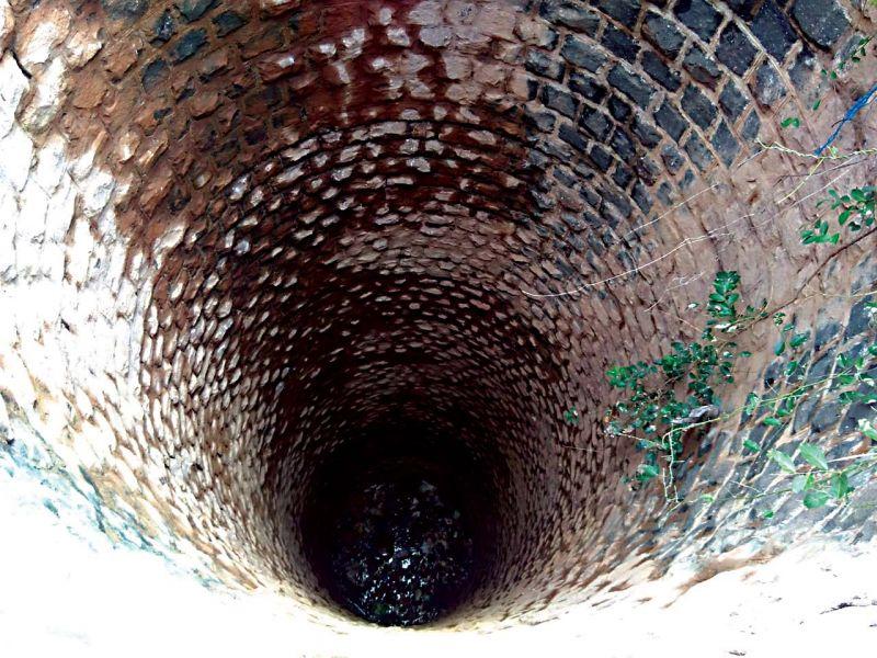 Water well in Hebballi village.