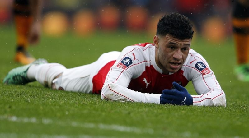 Alex Oxlade-Chamberlain is revelling in his new position as a wing-back. (Photo: AP)