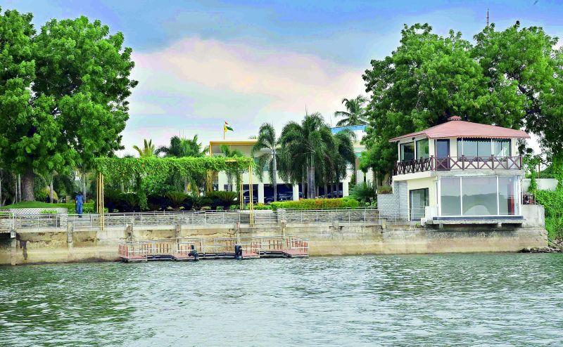 Lingamaneni guest house