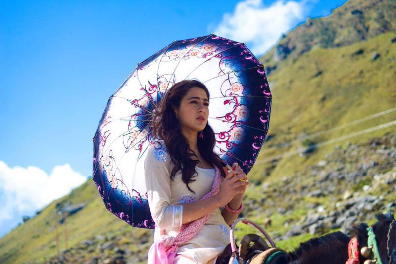 First look: Sara Ali Khan looks innocently beautiful in her debut film Kedarnath