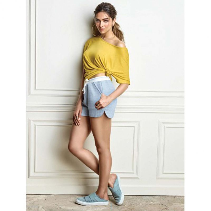 Choose breathable and light colour fabrics for your shorts