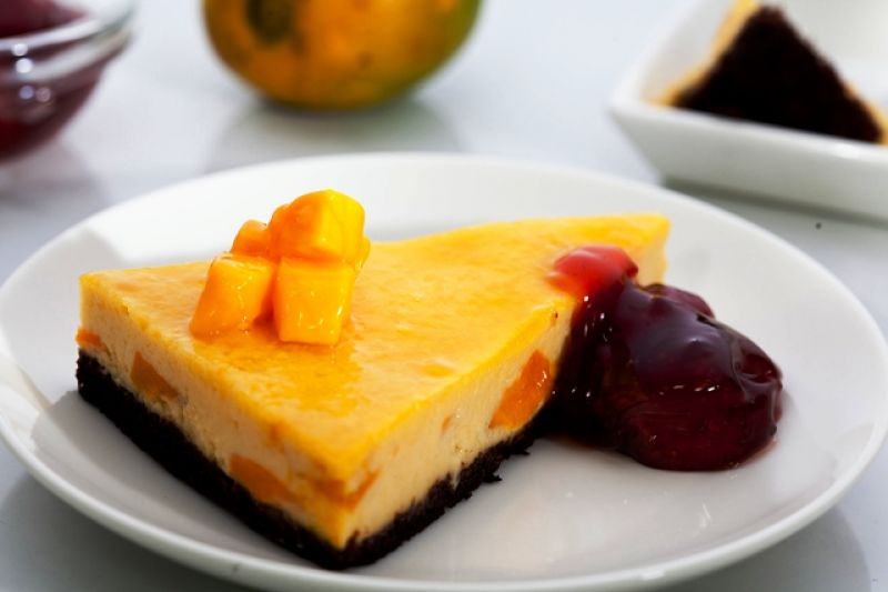 Mango Brownie and Cheesecake