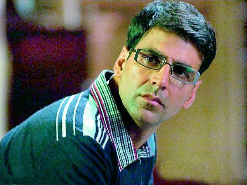 Akshay Kumar plays a psychiatrist in Bhool Bhulaiya.