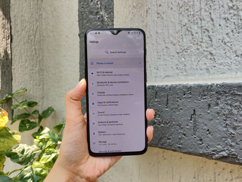OnePlus 6T first impressions: The beast undergoes refinement