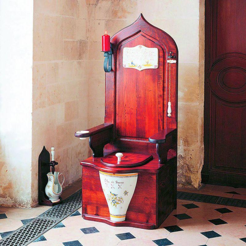 Dagobert, Wooden Toiled Throne