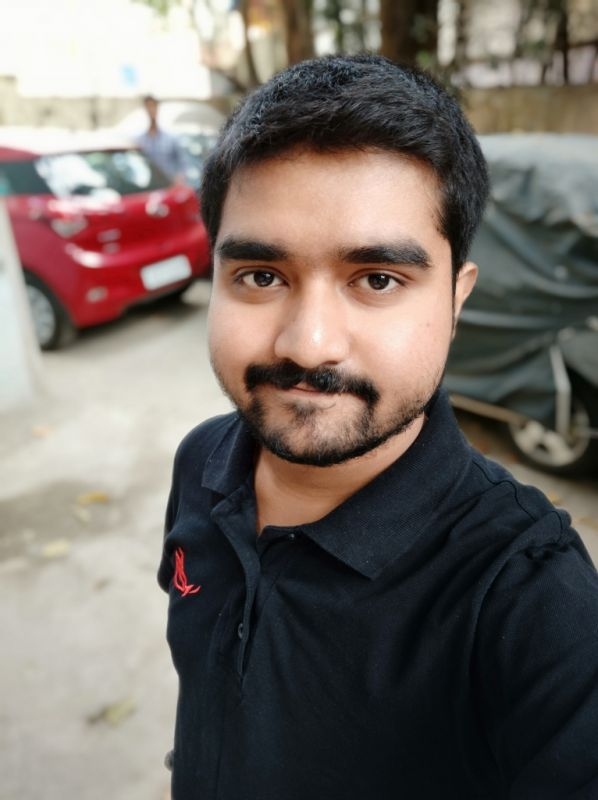 Xiaomi Redmi Note 5 Pro selfie camera sample