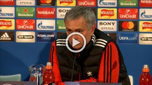 Mourinho slams de Boer over Rashford comments