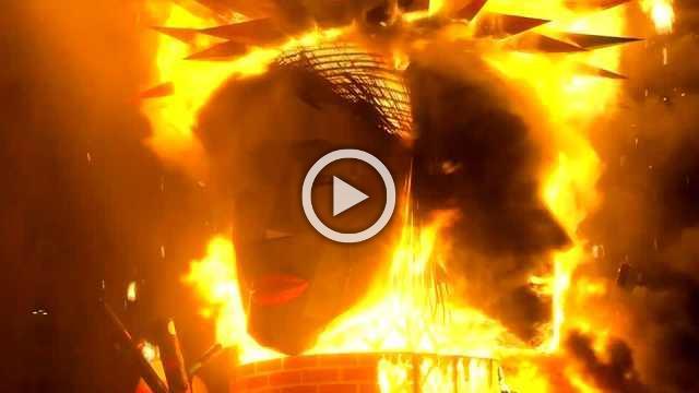 "Giant sculptures burn in Valencia ending annual ""Fallas"" festival"