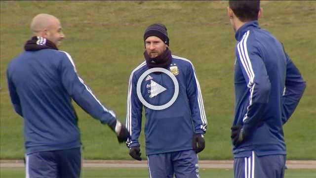 Messi joins Argentina ahead of Italy friendly