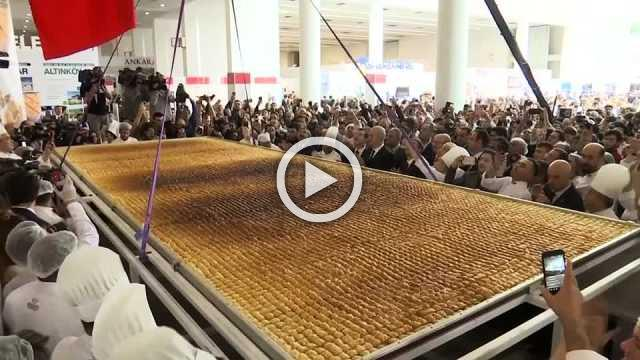 Turkey claims to break Guinness world record for largest baklava