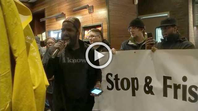 Philadelphia Starbucks protesters demand apology