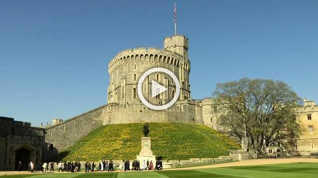 Queen Elizabeth invites Commonwealth leaders into Windsor Castle