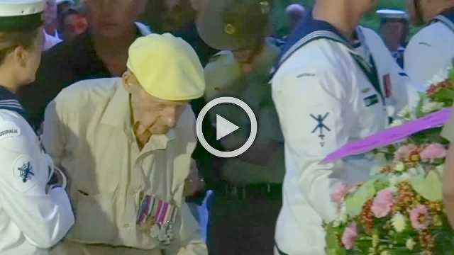 Former Australian POWs mark ANZAC Day at Thailand's Hellfire Pass