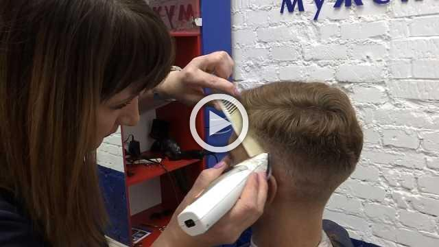 Hair-dos for $3? Russia's booming barbershop cuts all the frills