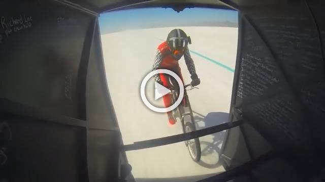 Woman tops 183 mph on bicycle, breaks record