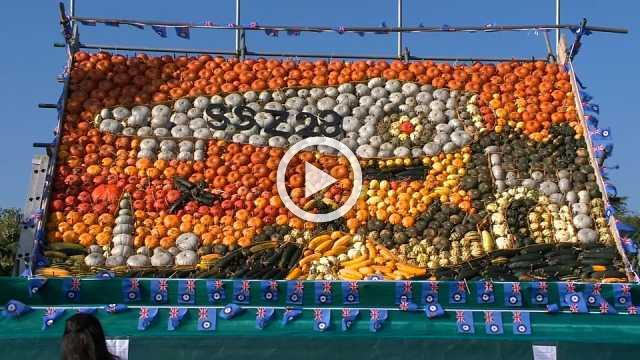 Harvest fruits become an artist's paint in English village