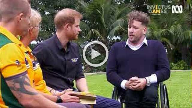 Prince Harry gifted 'budgie smugglers' by Australian Invictus Games athletes