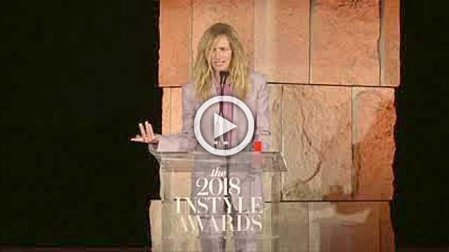 Julia Roberts mocks her role in being Instyle's Style Icon