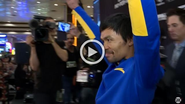 Pacquiao and Broner arrive in Las Vegas for welterweight showdown