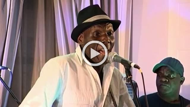 Renowned Zimbabwean musician Mtukudzi dies