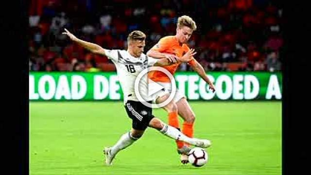 Barcelona to sign Ajax's De Jong in 86 million euros deal