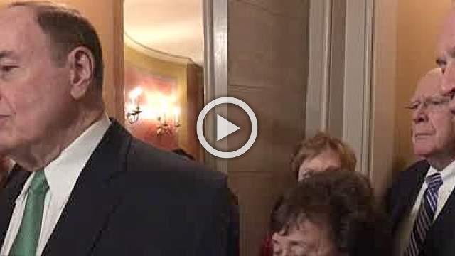 U.S. lawmakers hit tentative deal to avoid shutdown
