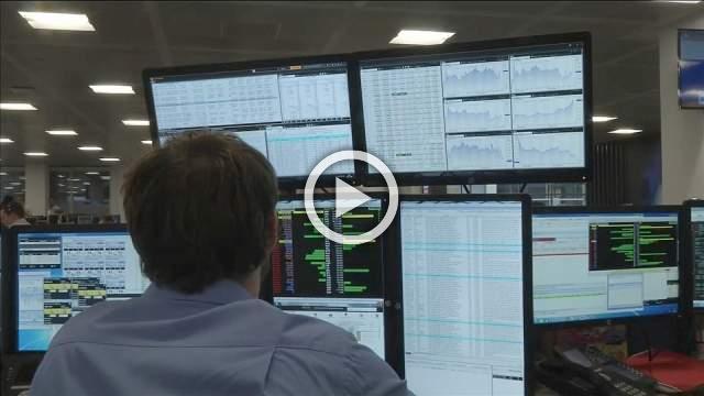 UK markets: Lloyds, Glencore splash the cash