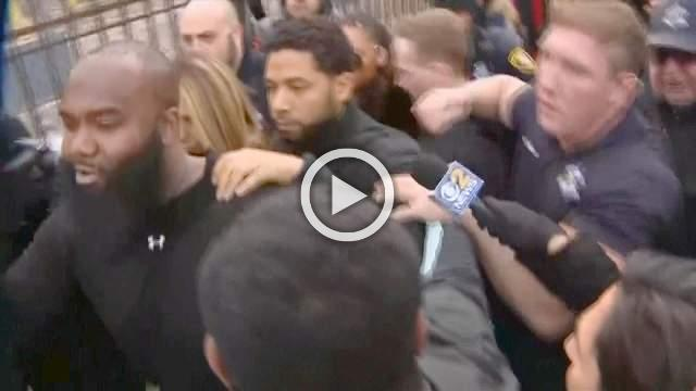 Smollett leaves court in media frenzy