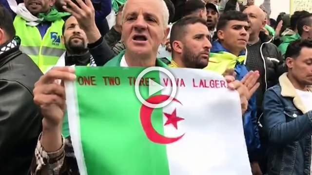 Hundreds rally in Algiers as protest leaders tell army to stay away