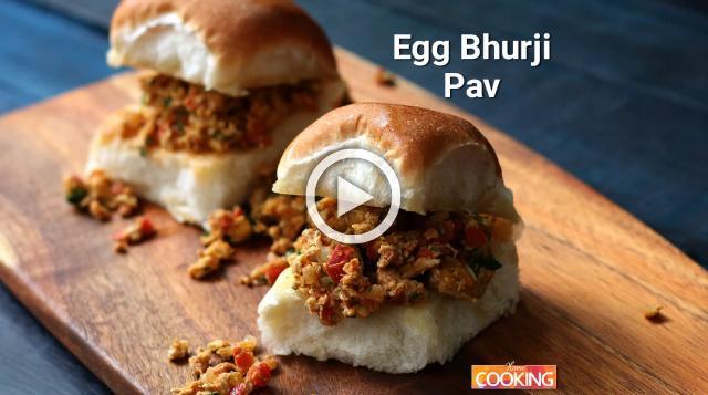 Egg Bhurji Pav