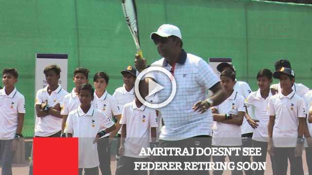 Amritraj Doesn't See Federer Retiring Soon