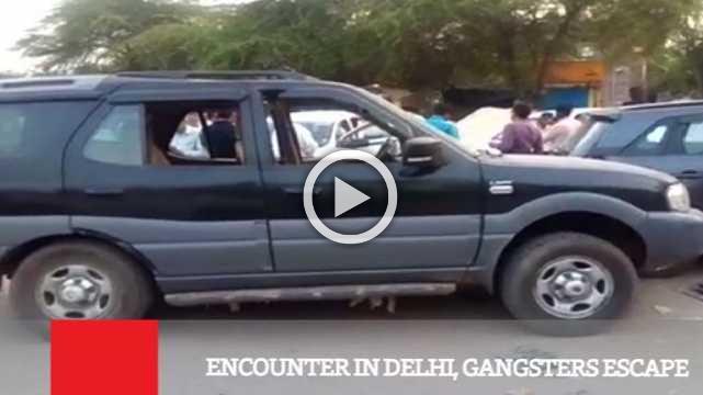 Encounter In Delhi, Gangsters Escape