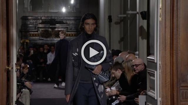 Valentino: Men's show Autumn/Winter 2018/19