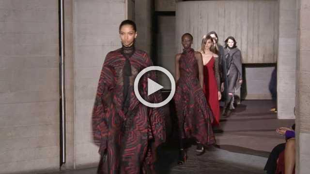Roland Mouret Show- Women's Collection Autumn/Winter 2018/19 in London