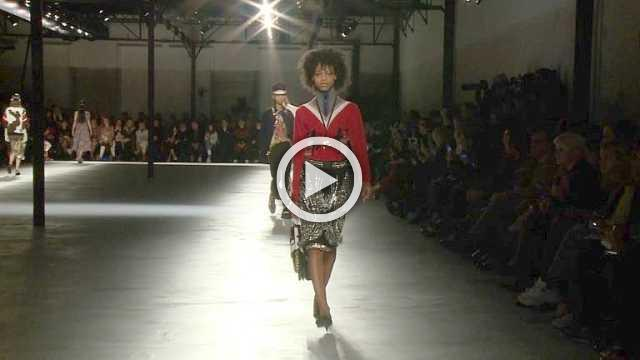 N°21 Show - Women's Collection Autumn/Winter 2018/19 in Milan (with interview)