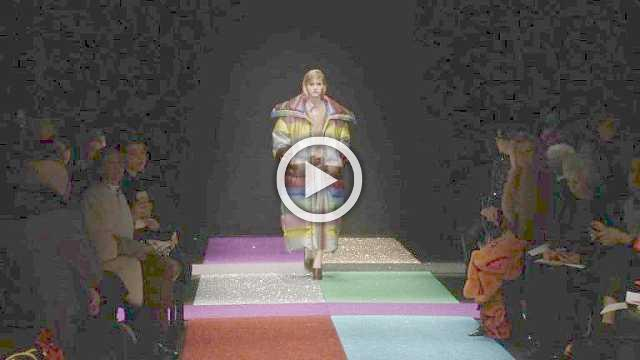 Marco de Vincenzo Show - Women's Collection Autumn/Winter 2018/19 in Milan (with interview)